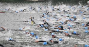 Des dossards pour le triathlon de Paris
