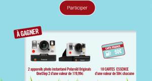 2 appareils photo instantané Polaroid