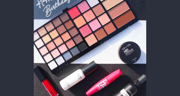 12 lots de produits de maquillages BYS Maquillage