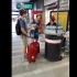 Distribution gratuite de bouteilles d'eau dans les gares SNCF