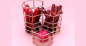 3 coffrets de crayons à lèvres Velvet de Bourjois offerts