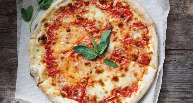 Distribution gratuite de pizzas