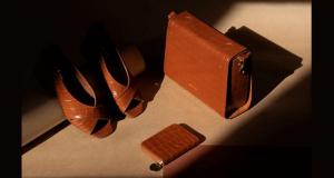 Un sac Nat & Nin - Une paire d'escarpins et 1 porte-monnaie