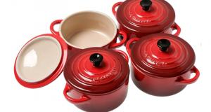 32 mini-cocottes le Creuset rouge offertes