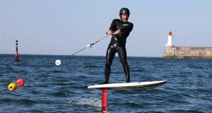 Initiation gratuite au Surf-Foil