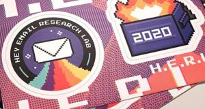 Pack de 2 Stickers offert gratuitement